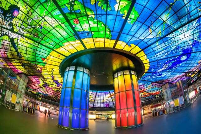 美麗島捷運站-光之穹頂